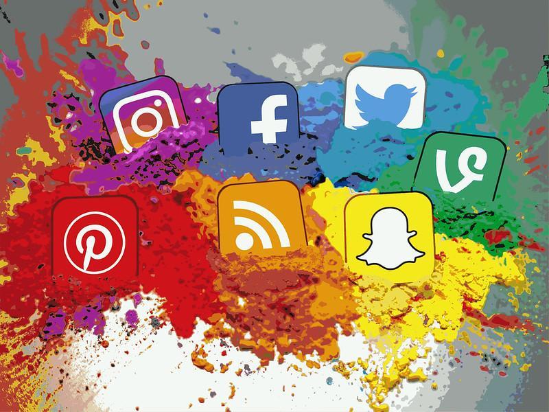 social media splashed
