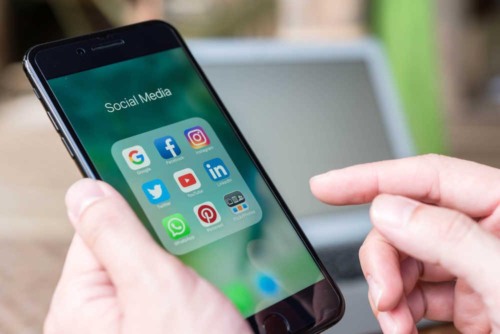 Ways to monitor online reputation through social media